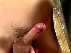 Gay sexy homme sur esclavage homme Slave Skinny esclaves dur!