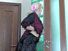 Tempo del bagno per una grande blonde
