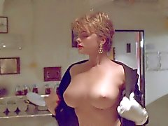 Erika Eleniak Under Siege ( topless ) kokoelma
