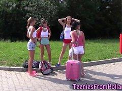 Голландии лесбийские подросткам обнаженная