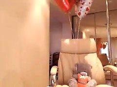 Brunette MILF, Katty Brinquedos Buceta Na Cozinha