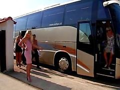 Slet Bus - ultieme sex party - deel I