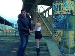 CHICAS LOCA - sesso pubblico esterno selvaggio con Hottie Spagnolo Mey Madness