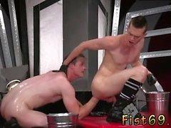 La bascule étudiant garçon gay sex vidéos Dans un acrobatique 69, Axel A
