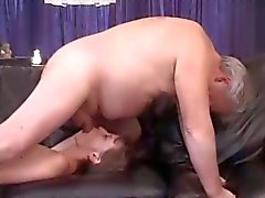 Rimming - Ugly Girl Licking Anziani Equipaggia Ass