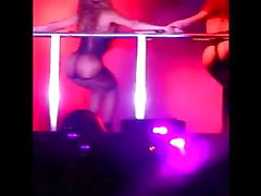 Beyonce culazo en espectáculo (tanga)