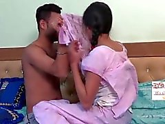 Popular Indian Girls, Saree Videos