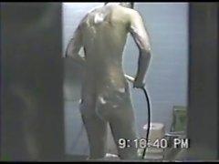 buco JP Peeping nel bagno delle ragazze - 1 di 3