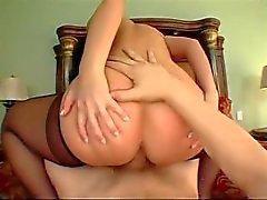 Big Young Buns P.O.V Sahne 5 (Luscious Lopez)
