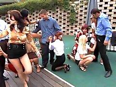 Плавательный бассейн сексуальной вечеринки 5 !