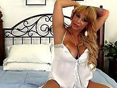 Cumswallowing Alyssa ile Lynn web kameramda açılan