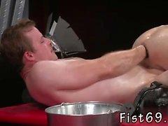Cierre de grandes películas gallo negro gay En un acrobático 69, Axel