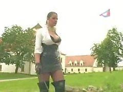 Madame obtenu son l'esclave puni