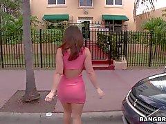 Jayden Jaymes shows off her Big bottom on bang bus