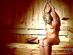 Viktoria diamant naked samt bundet upp i bastun