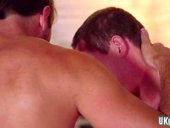 Big Dick Homosexuell Oralsex mit Cumshot