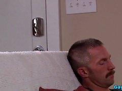 Мышцы папа втроём и Сперма