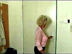 Granny tesão Procurando caralho