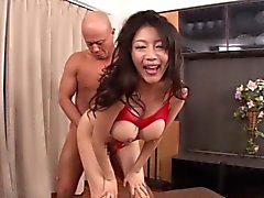 Gangbanged beauty creampied after piledriving