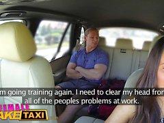 Kadın sahte taksi işadamı cinsel anlaşma grev