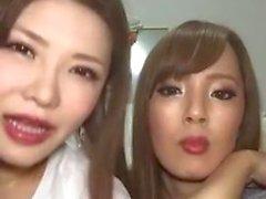 Hitomi Tanaka & Okita Anri Live auf Instagram