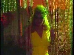 Meripeninkulman korkea Tyttöjä ( 1987) Hot Babes