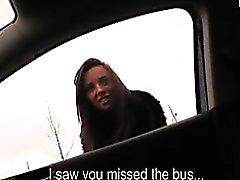 Amatör bir bir kız aracınızda cinsel ilişkiye için anlaştılar da otobüsü kaçırdım