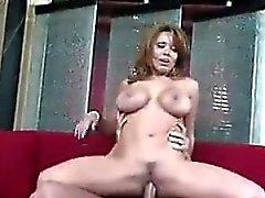 Whore mûr avec des gros seins