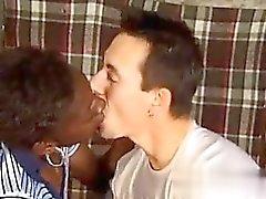 Afrikanischen Frau fickt einen weißen Mann - My Babe aus CHEAT -DATE .