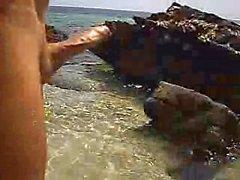 Скинни Dipping , если ты кончишь через меня у берега я буду голая