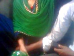 Amant bangladeshi en Bus