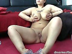 German BBW Samantha ei Smokin sexy