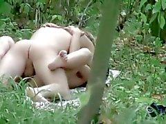 Oj! Jag såg ett par i skogen !