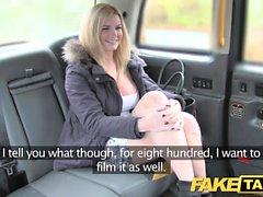 Sahte Taksi kocaman doğal göğüsleri sarışın modeli jantlar