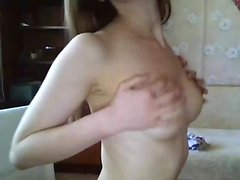 Bella bionda europea si masturba