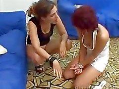 Piss MFX Lesbische Pissing 6