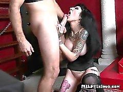 Selvatico Sarchiatrici maturo Freyja Van la sirena fa scopare a Disco
