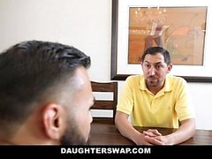 DaughterSwap - Slutty Besties Cazzo eachothers Dads