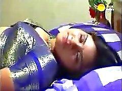 Classique vidéo du de Mallu Indian Rose de minuit Aunty prise par le fantôme