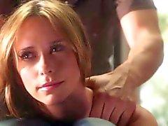 Jennifer Love Hewitt - Liste des clients Saison 2 - Scènes sexy