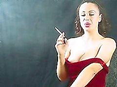 Perverso Chick Nei vigoroso matura Smoking