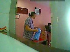 Clignotant L'hôtel femme de chambre (1)
