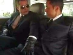 Raphael Alencar in einer Limousine ...