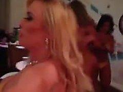 Бразильцев Sluts в конкурсе Пропуск BumBum 2013 г.