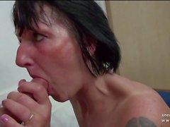 Milf francés aficionado golpeado fisted sodomized n facialized