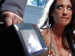 Cattiva ragazza di Capri Cavanni ottiene punito da Dani Daniels