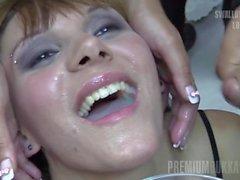 Premium Bukkake - Michelle ingoia 83 enormi sborrate boccone