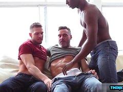 cumshot ile Big Dick oğul üçlü