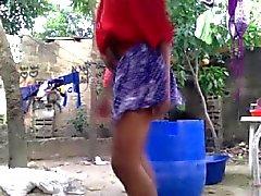 18 Jahre African Mädchen