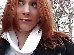 Redhead chicas checo se la follan por dinero